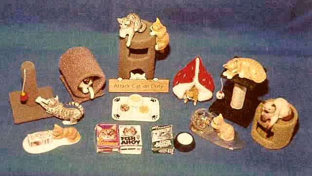 dollhouse cats with cat accessories
