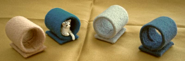 dollhouse cat play tunnels